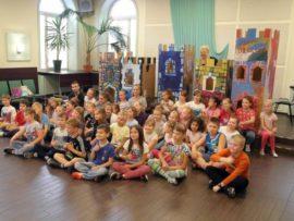 Zdjęcie grupy dzieci