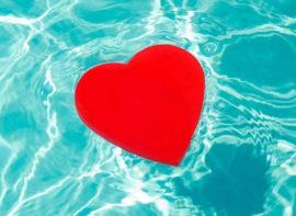 Serce w basenie