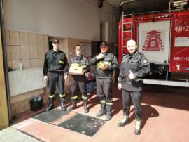 Na zdjęciu strażacy